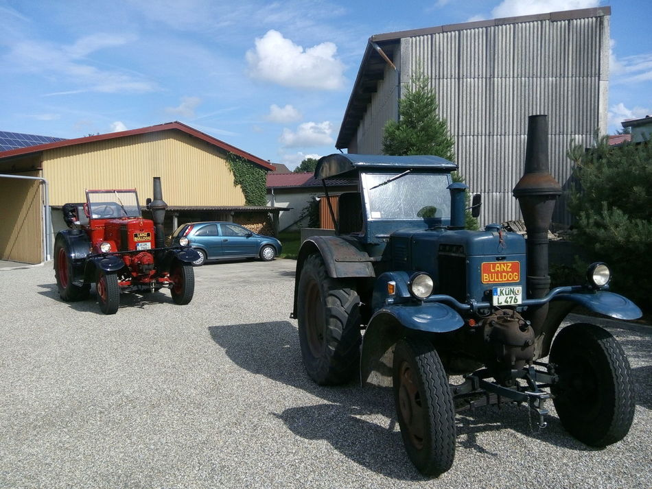 Two Lanz Bulldog. Top condition Lanz Bulldog Old Tractor Tractor Oldtimer