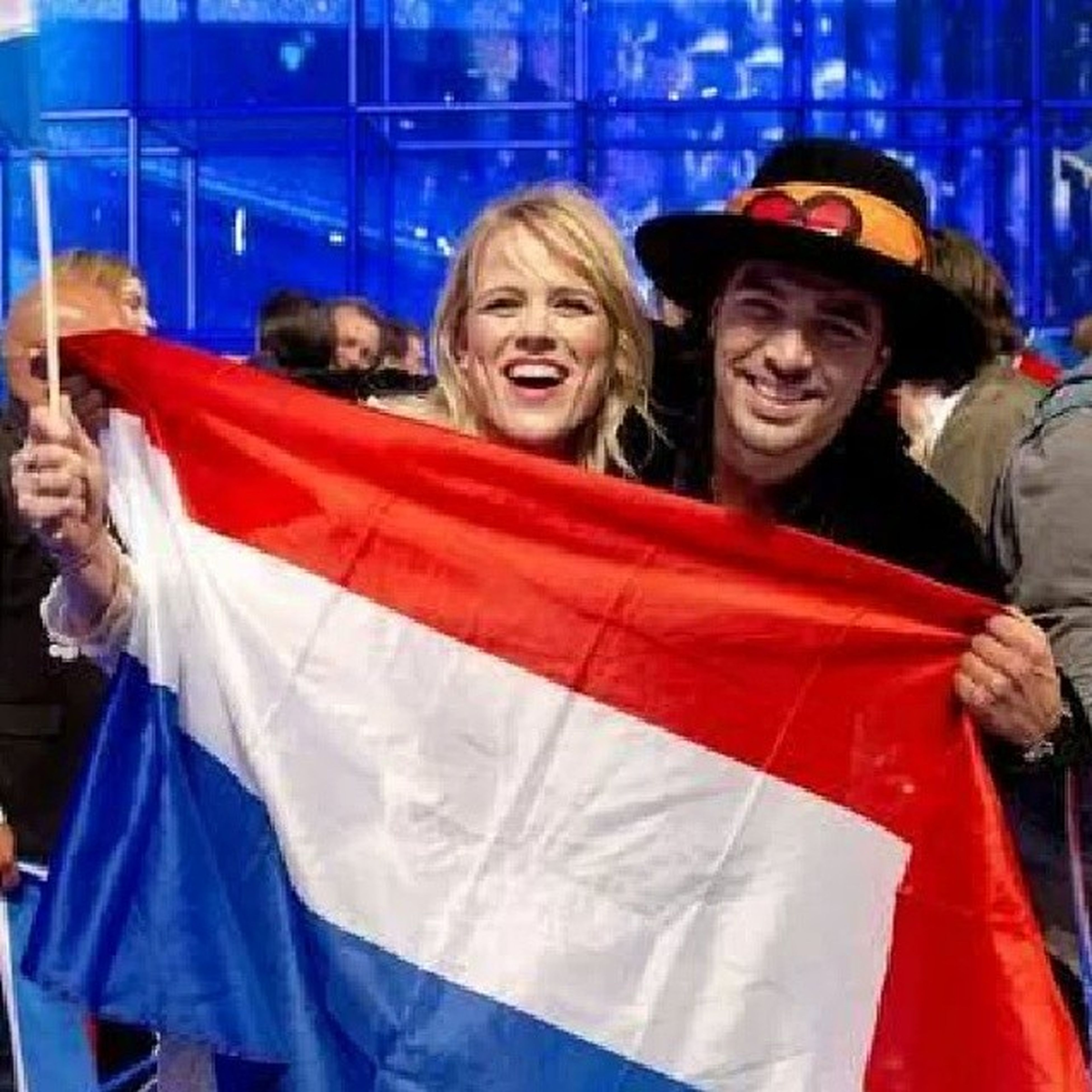 Tonight The Finals Of The Eurovision Songcontest 2014!!! I Hope The Common Linnets From The Netherlands To Win This Year!!! Please Vote For Them If You Want Them To Win And Live Outside The Netherlands In Europe!!! :-D <3 Esc14 Commonlinnets Eurovision