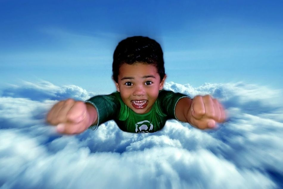 Sony Xperia Z Vfx Vfxbro My Cousin Clouds Sky Flying High Fly Superhero Green Lantern