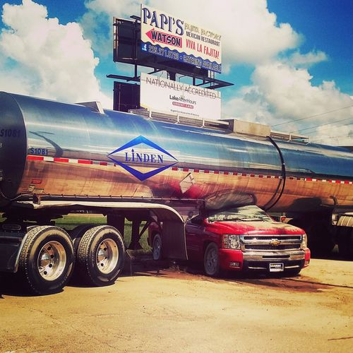 Car Land Vehicle Sky Flood Aftermath Weather Natural Phenomenon August 2016 August Flood Louisiana Louisiana Flood 1000 Year Flood No People Tanker Truck Smashed Smashed Car Lucky To Be Alive EyeEmNewHere