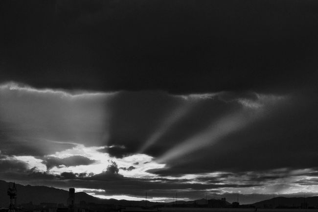 (different angle) http://www.eyeem.com/p/94282734 Anticrepuscular Rays Powerful Sunset From My Point Of View Capture The Moment My Window View Dramatic Sky Dusk In The City Sky Clouds Clouds And Sky Atmospheric Mood Cloud - Sky Nature Monochrome Photography Black And White Blackandwhite Getting Inspired Nature Landscapes Light And Shadow Darkness And Light EyeEm Nature Lover The Important Thing Is To Participateなんちゃってmission ゆs&c 2016.10.03 PM18:02 in Osaka,Japan
