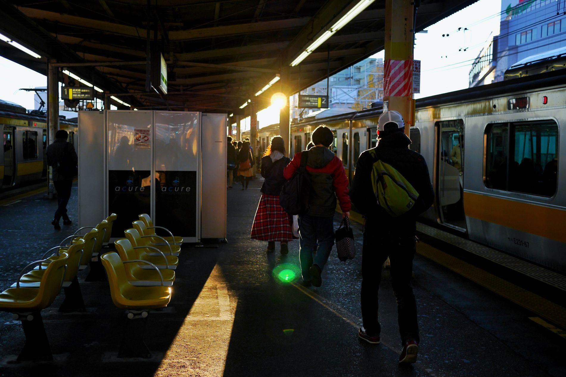 The last work day/仕事納めた。今年は呑んだくれないでとっとと消える Lastworkday Lastworkingdayof2015 Goinghome Train Station LUMIX DMC-GM5K in Tokyo Japan 写真は今日じゃないけど