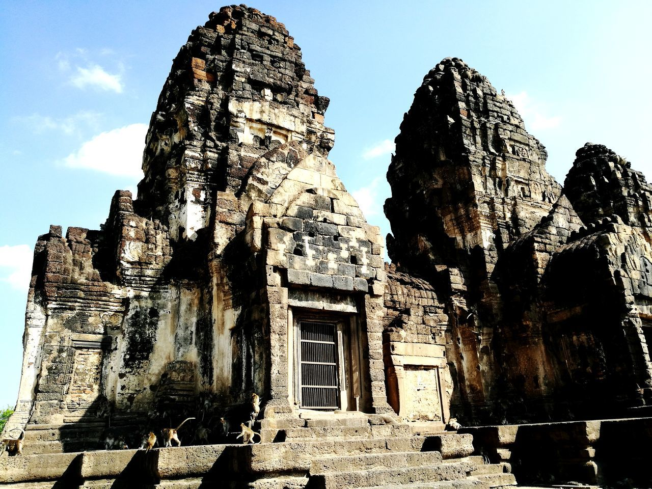 Place Of Worship Monkeys Monkey Temple Monkey City Travel Old Ruin Ancient Architecture Outdoors Thailand Travel Destinations History Temple Sacred