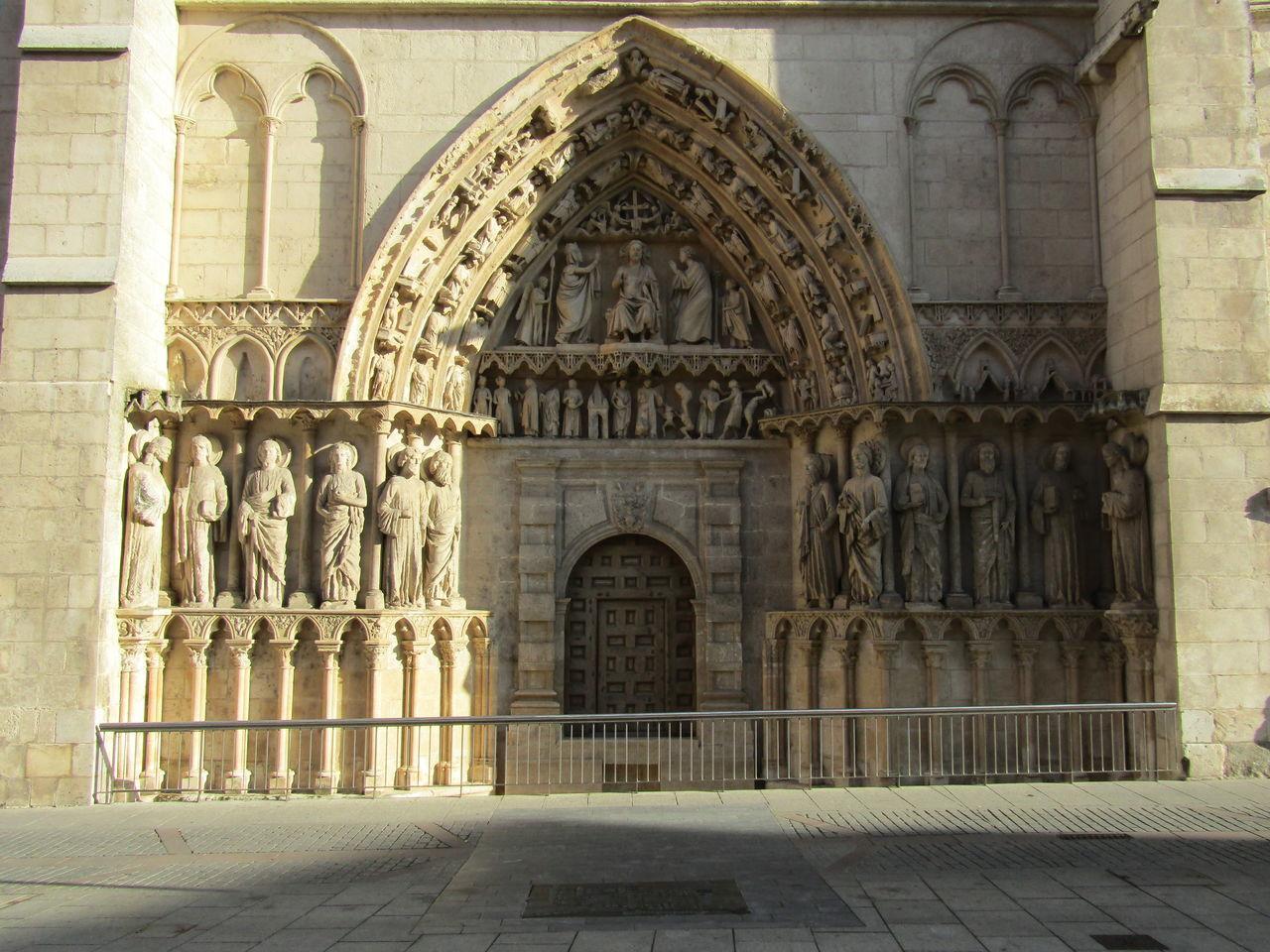 Architecture Arch Religion Travel Destinations Pilgrimage Kathedrale Cathedral Church Kirche Burgos SPAIN Spanien Tourism Santa Maria