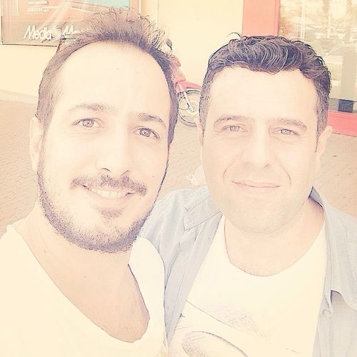 @GenjiUmut: Sıfır egosuz adam gibi adam, sempatik ve mütevazı bir oyuncu Sarp Apak.. Sarpapak Adana Türkiye Selfie