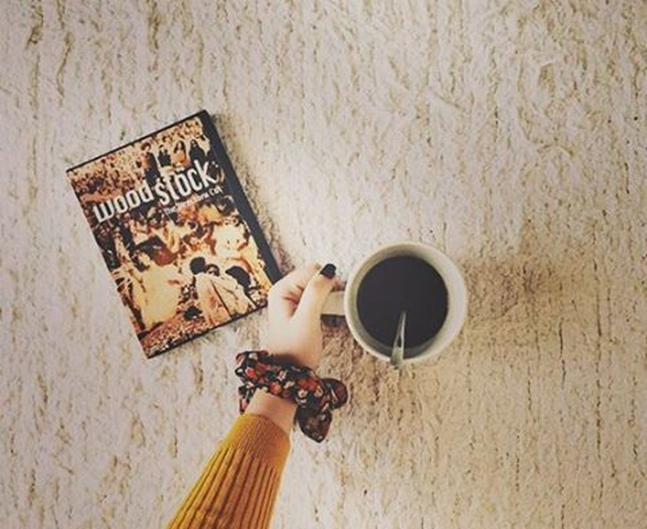 Woodstock.🍵°•°{January 6th} αθηνούλα μεταξουργείο Homesweethome Woodstock Hotcoffee Vintagephotography Myhand MyPhotography Loveisintheair VSCO Vscocam Vscolove Vscomood Vscocoffee Vscovintage Instagreece Instaathens Instalifo