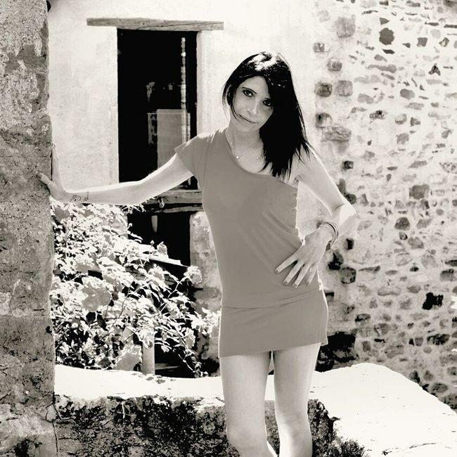 🐝 . . .la Simo . . . Portrait Of A Woman Portrait Of A Friend Woman Portrait