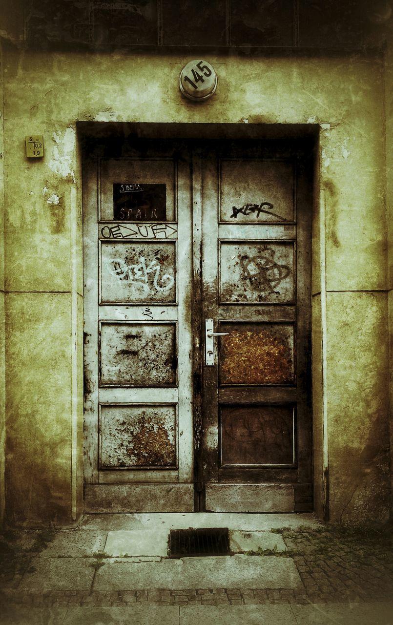 door, closed, closed door, no people, entrance, day, built structure, architecture, outdoors, doorway, entry, building exterior, open door