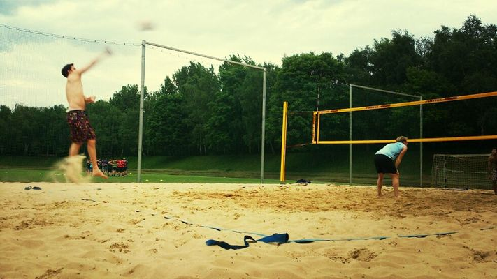 beachen at TiB-Sportzentrum by Francis