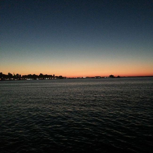 اسكندرية وقت الغروب ترحب بكم و تتمنى لكم ليلاً ساهرا و سعيدا اسكندرية_حلوة InstaAlex Amazing Alexandria at Sunset P.s picture without edit