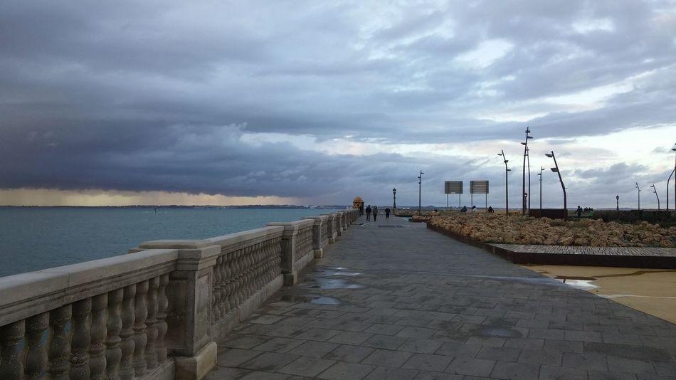Cádiz. LGG3 Sinfiltros Cádiz, Spain Preciosos Momentos Puesta De Sol Atardecerporelmundo Naturaleza🌾🌿 Andalucía