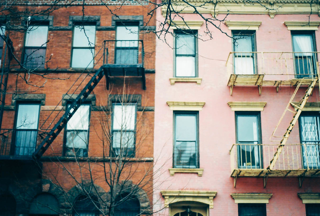 Beautiful stock photos of feuer, building exterior, architecture, window, built structure