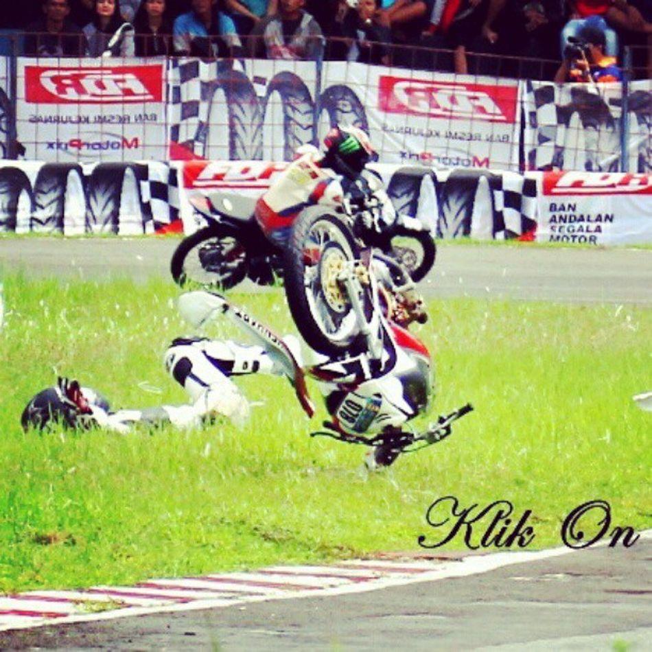 crash in indoprix Crash Klikon Instagram Canon roadrace instag