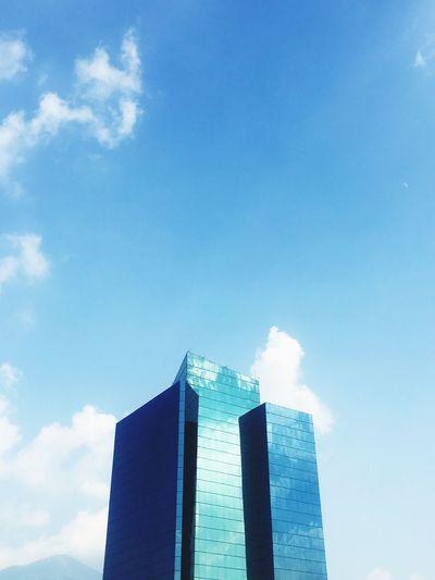 CEDES Tecnologicodemonterrey Itesm View Architectureure] Built Structure Building Exterior Low Angle View City Office Building Cloud City Life Cloud - Sky