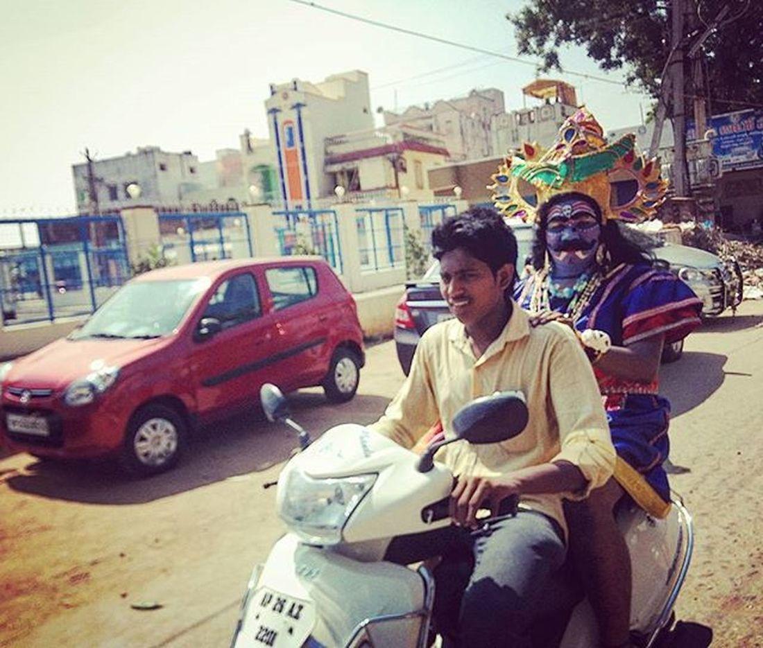 Crazy rides! Check it @arkabittu Lifeinshots Indianstyle India Indian Halloween Festive Festiveseason Celebrations Crazystuff Crazyride Follow Followback Followme Likeforlike Like4like