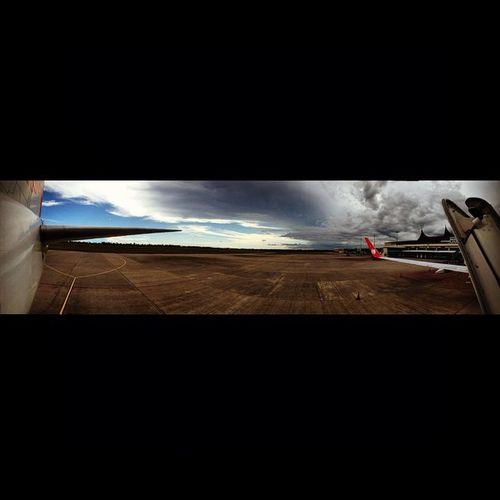 Squaready Minangkabauairport Padang Aircraft Aviation JT LionAir Bensambur Sky ✈️