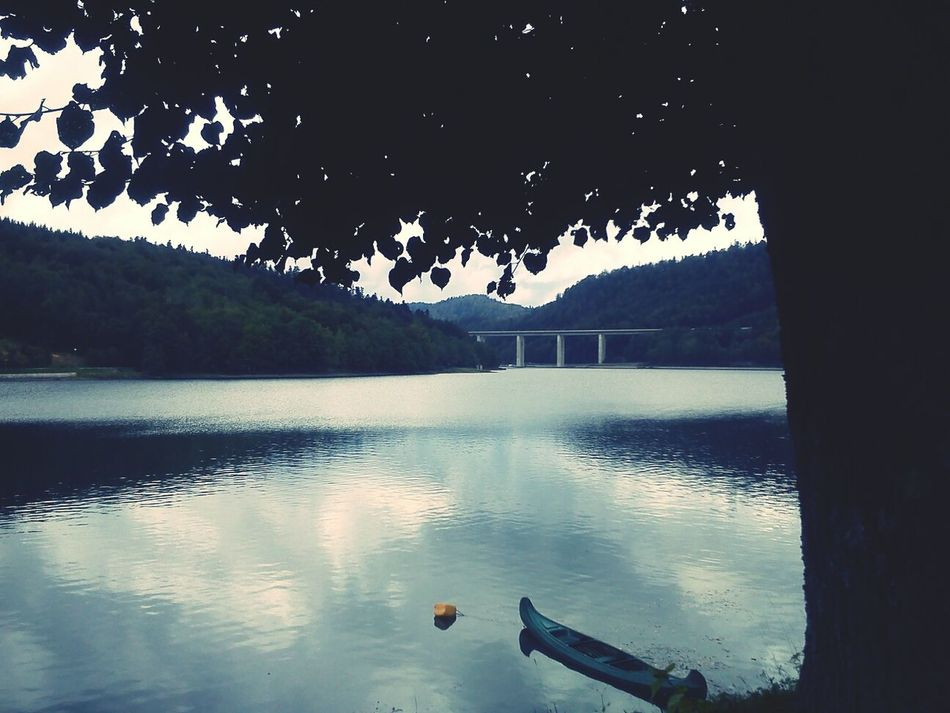 Bridgeporn Lake Walking Around Escaping