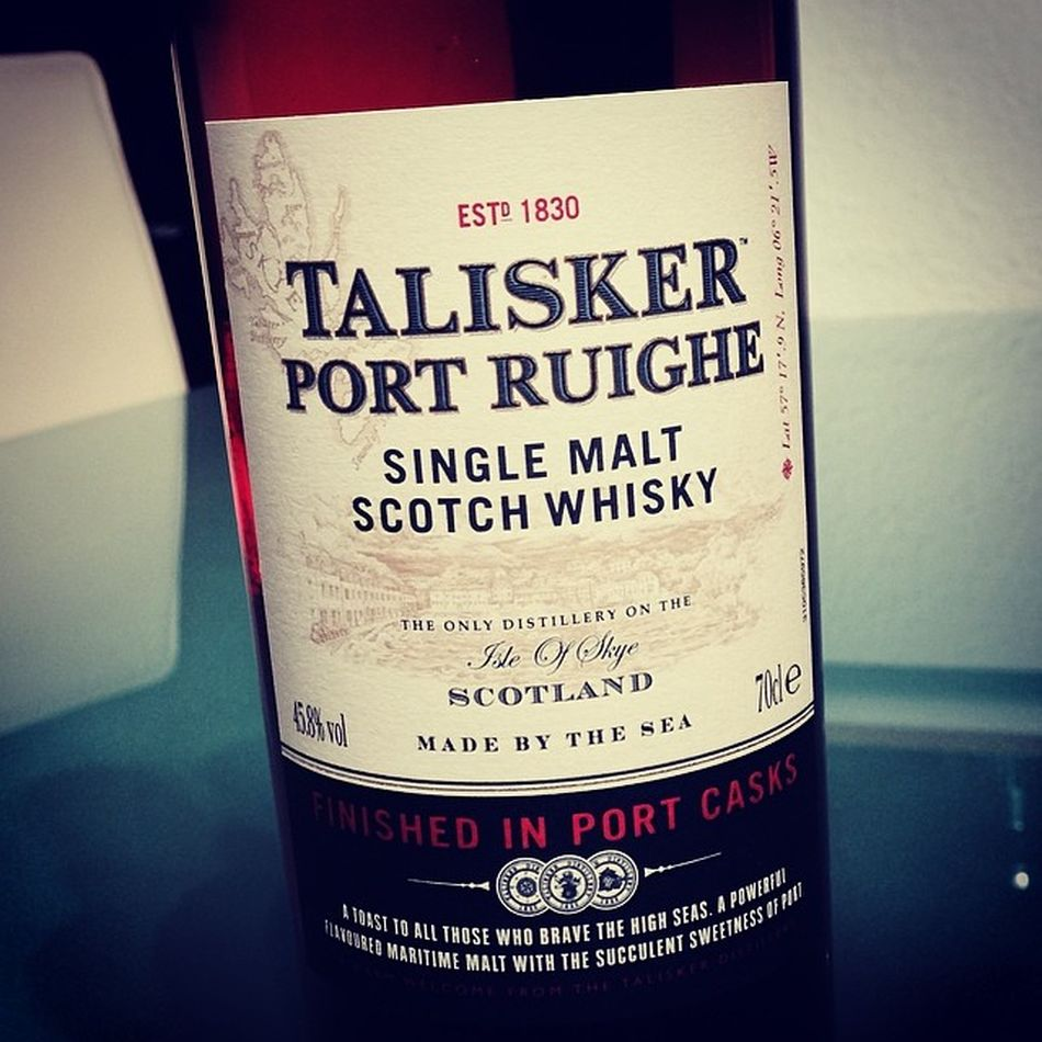 Betthupferl... #slainte Whisky Scotch Slàinte Talisker Singlemalt Portruighe Rotessofa