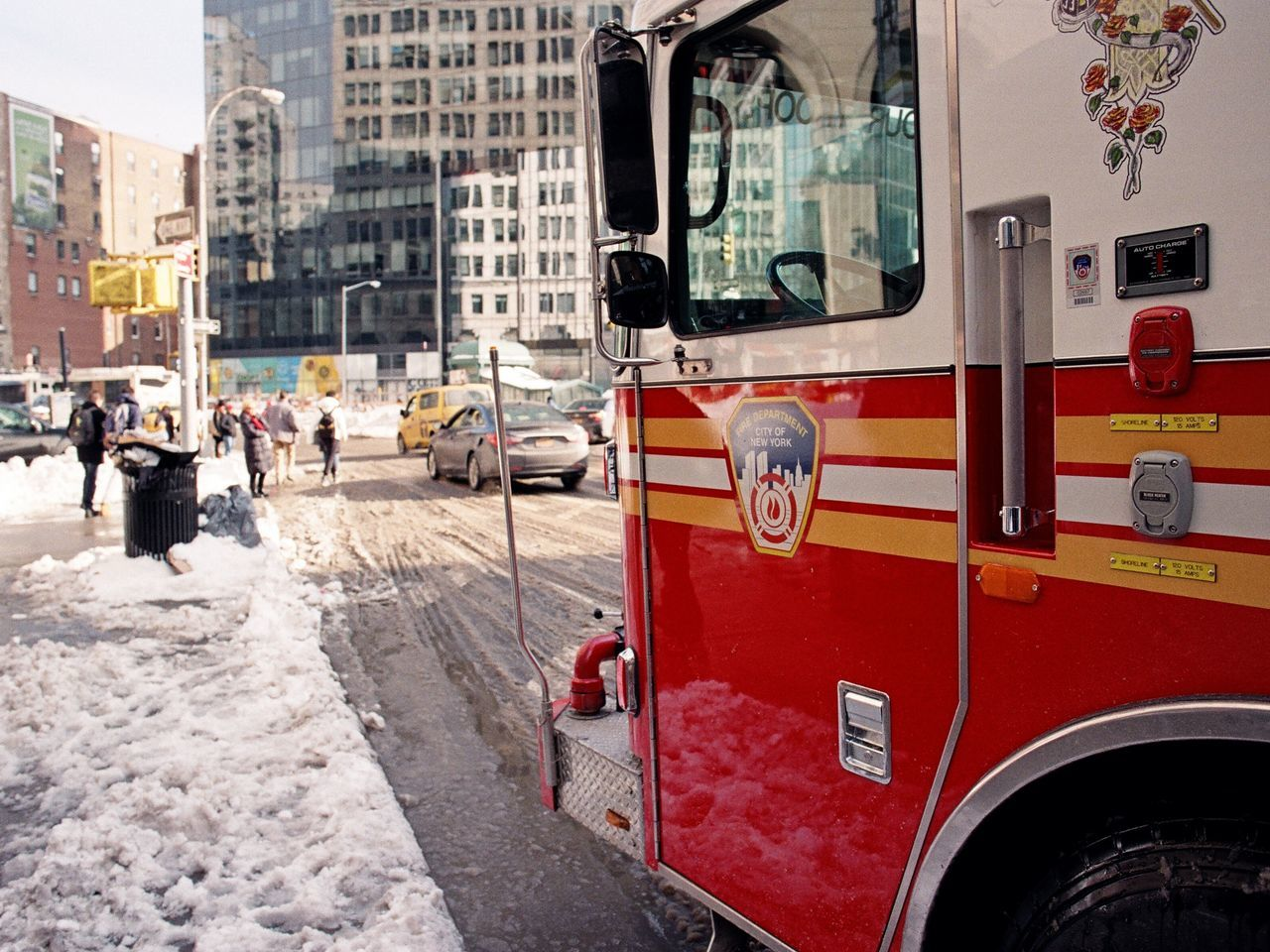 East Village, January 2016 City City Street Snow Firetruck Fdny Astorplace Eastvillage Manhattan Film Photography Ishootfilm Lomography Color Negative 100 35mm Film Elan7 Streetphoto_color Streetphotography Street Photography
