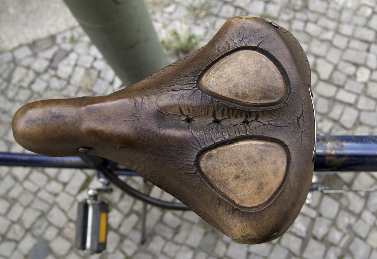 Beautiful stock photos of old, Bad Condition, Bicycle, Bicycle Seat, Brown