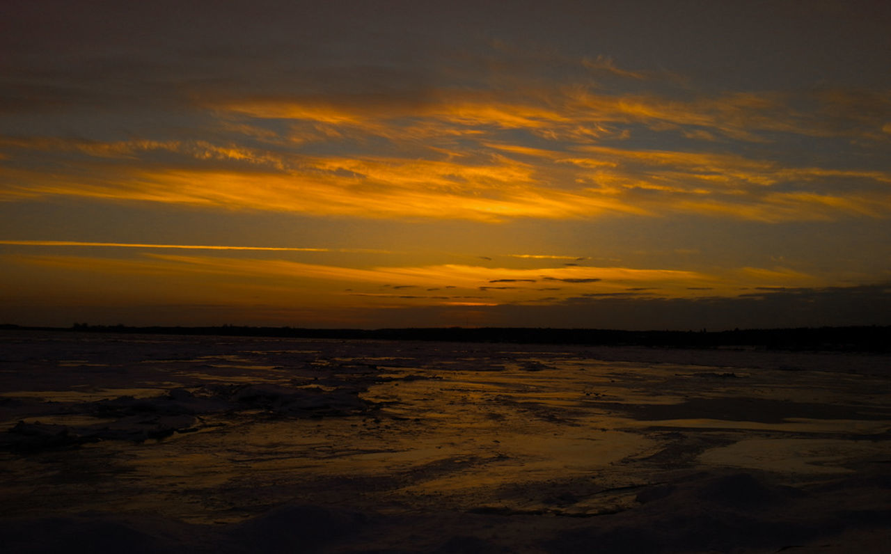 sunset, nature, tranquility, tranquil scene, sky, scenics, no people, beauty in nature, outdoors, water, cloud - sky, sea, day