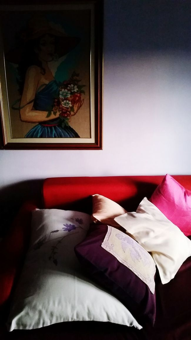 Pillow Pillows And Blankets SOFA TIME Room Decor Cinema In Your Life Coulours  Colorful Red Corner Bedroom View  Intimate Light Source