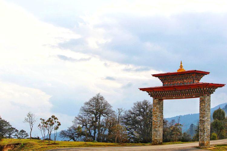 The Architect - 2017 EyeEm Awards bhutanese architecture Travel Destinations Architecture Built Structure No People Outdoors Bhutanese Culture Bhutan_ig Bhutan Diaries Bhutan Thimphu Bhutanese Architecture Bhutan Gate Bhutan_places