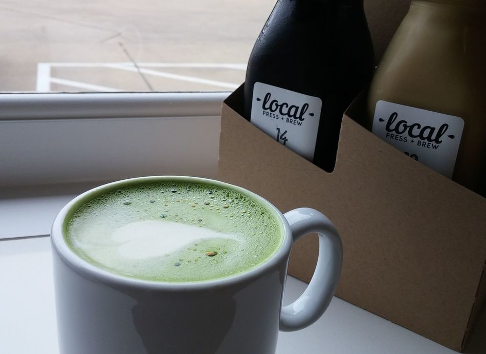 Matcha Latte Cold Pressed Tea Coffee Shop