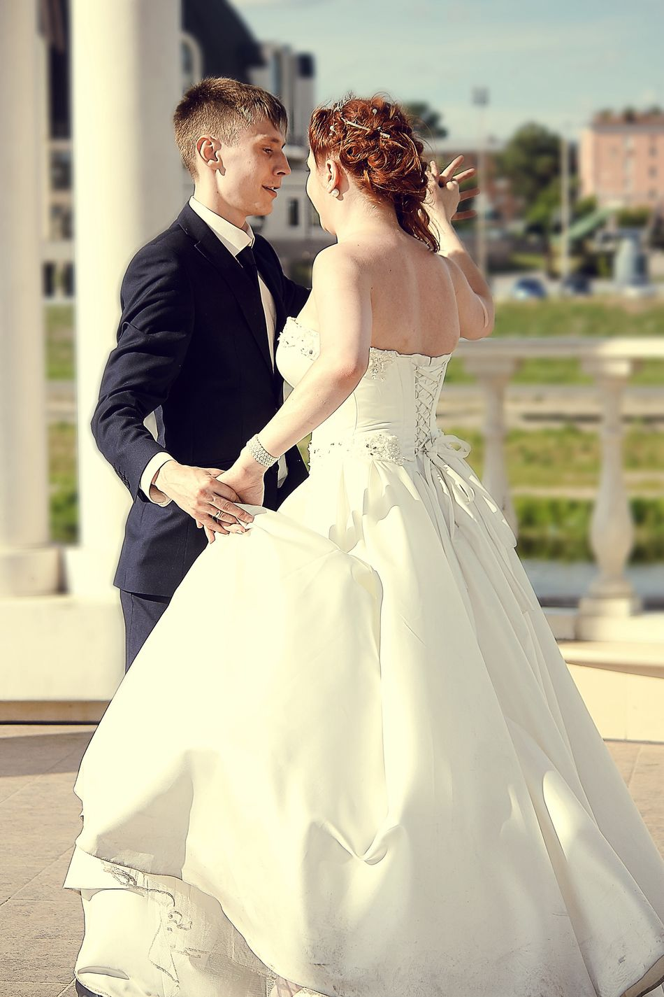 Wish all happy Friday . Russia Wedding Bride Love Wedding Dress Two People Formalwear Celebration Wedding Ceremony Adults Only Togetherness Life Events Romance Dedication Affectionate Bridegroom Happiness Young Adult Adult Outdoors Suit 2015