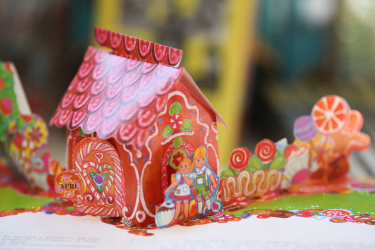 Hänsel und Gretel in an old pop-up book Art Is Everywhere Art, Drawing, Creativity ArtWork Books Bookshelf Pop-up Book Arts Culture And Entertainment Celebration Close-up Day Design Drawing Focus On Foreground Illustration Illustrative Editorial Indoors  Multi Colored No People Popup Storybook Tales