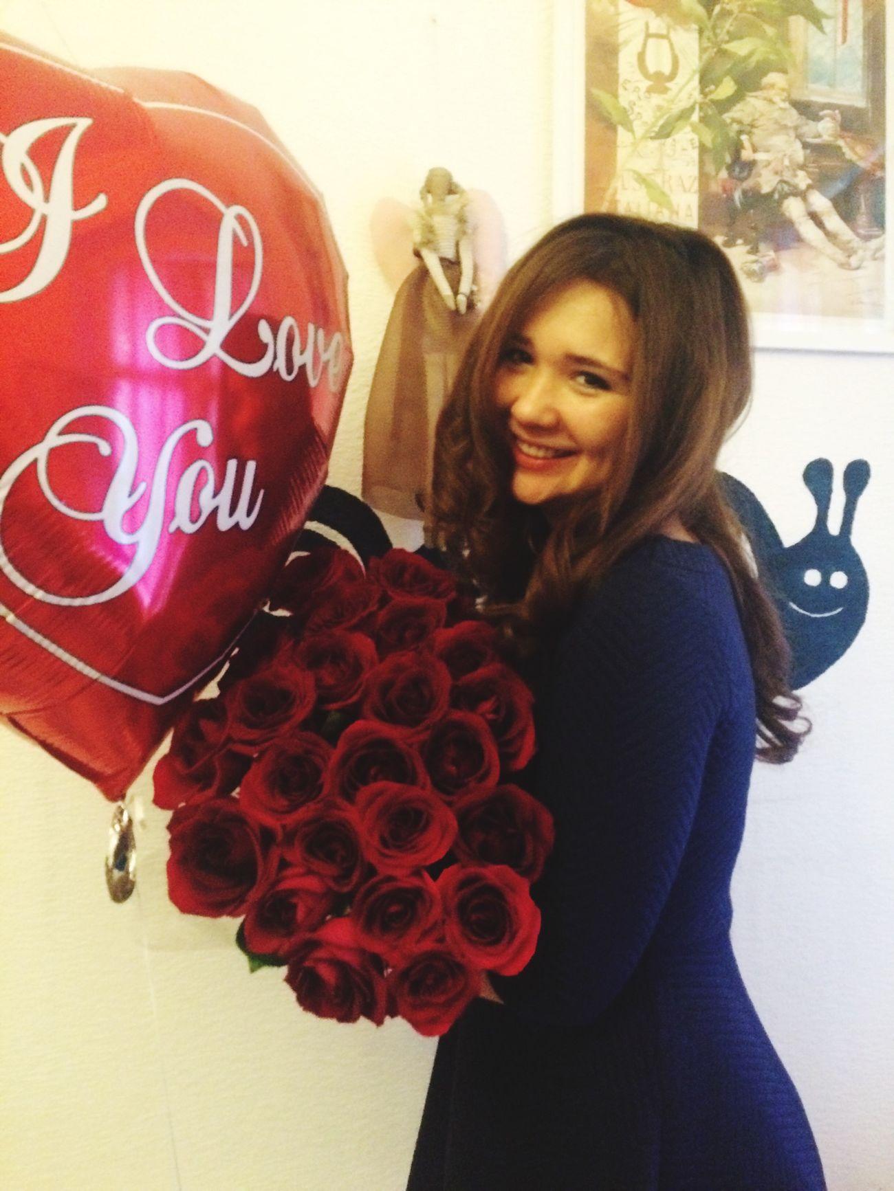 Roses ThatsMe Bithday 14 October 23 Years