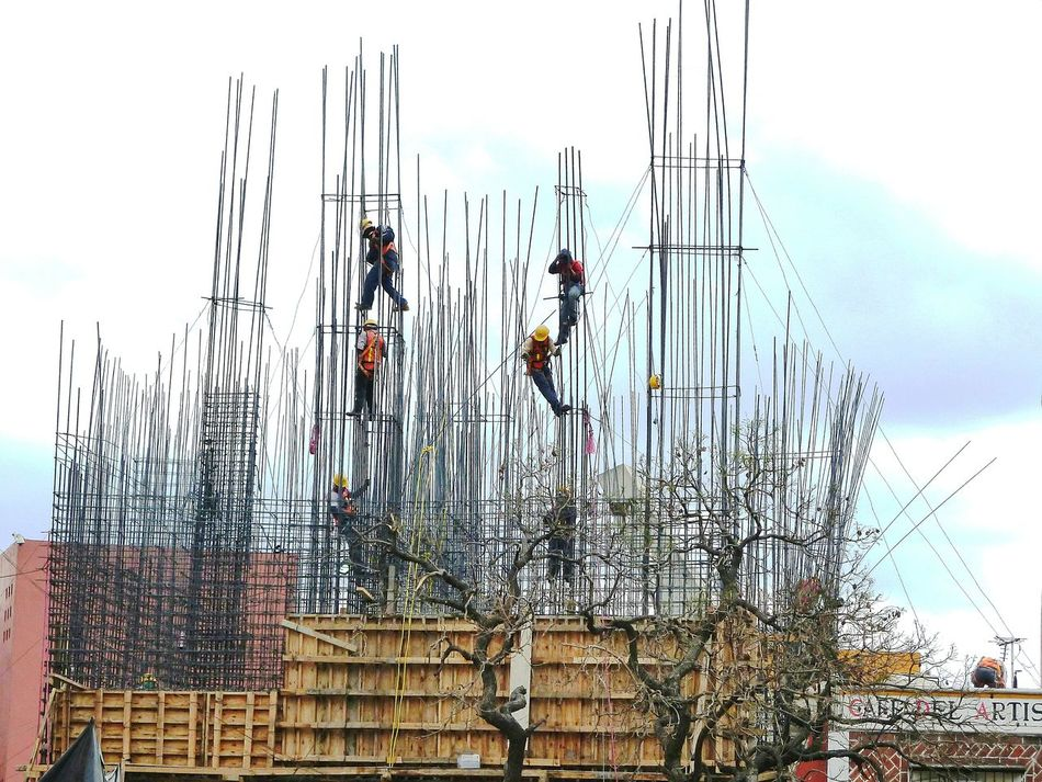 Scaffolding Workers Mexico Real People Outdoors EyeEmNewHere Minimalist Architecture