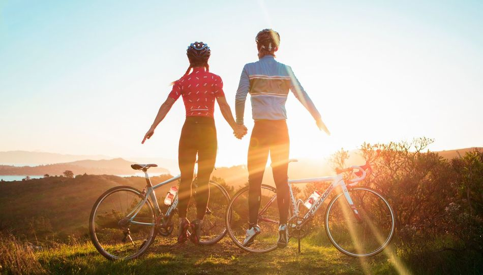 Beautiful stock photos of fahrrad, two people, sunlight, togetherness, full length