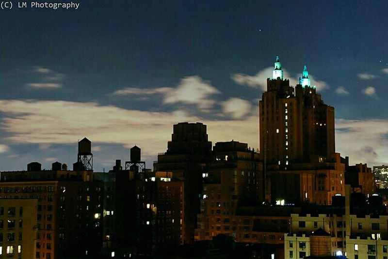 Nyc night skyline NYC Skyline NYC Photography Buildings Night Photography Streetphotography Long Exposure EyeEm Best Shots Thebestofnewyork Architecture