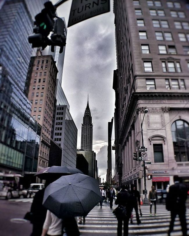 Walking in a rainy nyc day Newyork NYC Newyorkcity Newyorkcitylife Manhattan Chrysler Skyscraper Building Architecture Modern Lookingup Rain Weather Umbrella Travel Travelgram Trip Photo Photography Iloveny Ilovenyc Newyorkphoto Instacool Instanewyork Mynyc bigapple thebigapple