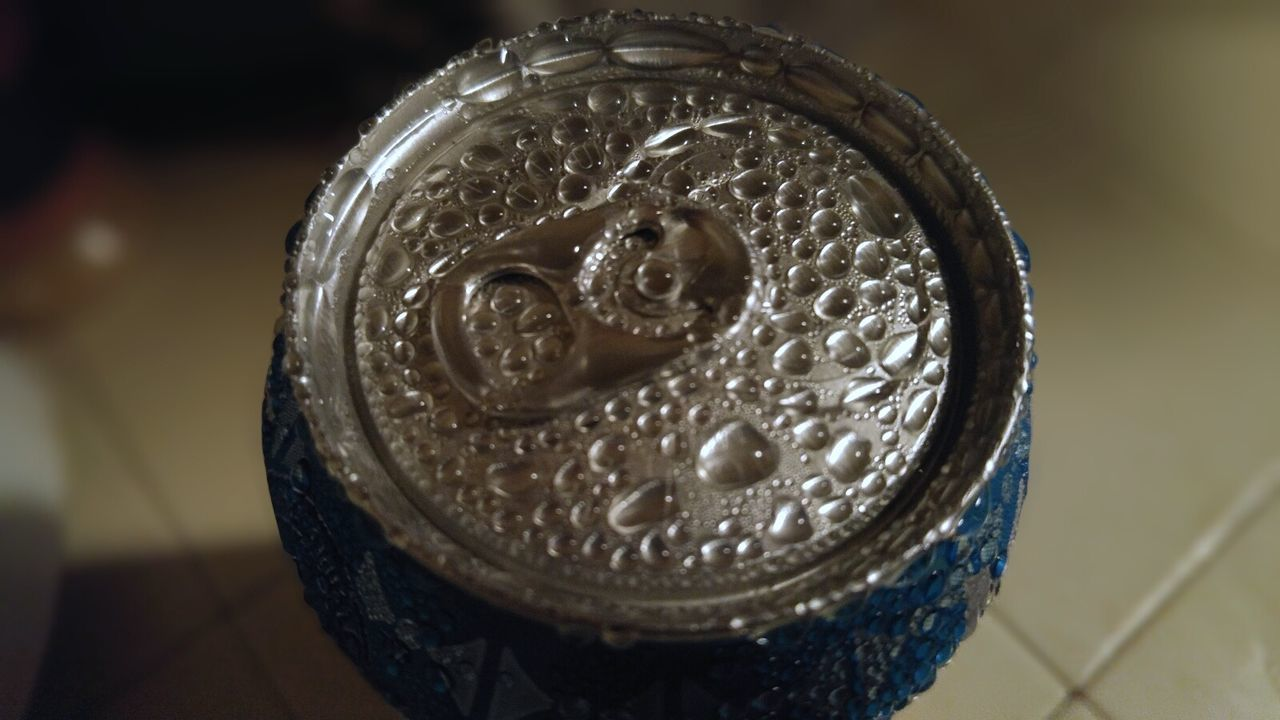 About to open a cold can of soda. Refreshment Drink Close-up No People Indoors  Soda Cold Wet Water Droplets Soda Pop Soda Can Liquid Tasty Eye4photography  Relaxing Taking Photos