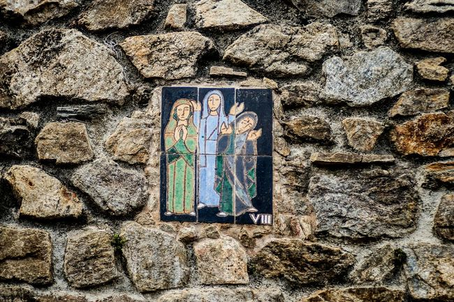 Station 8: Jesus meets the women of Jerusalem Stonewall Iconoghraphy Ceramic Color Stations Of The Cross Open Edit