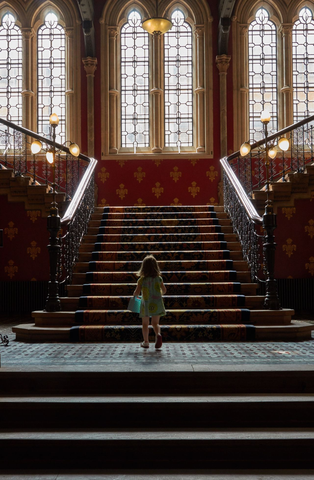Sueños de Princesa. Little Miss. Staircase Steps Steps And Staircases Indoors  Stairs Architecture One Person Day Kid Sant Pancras Girl