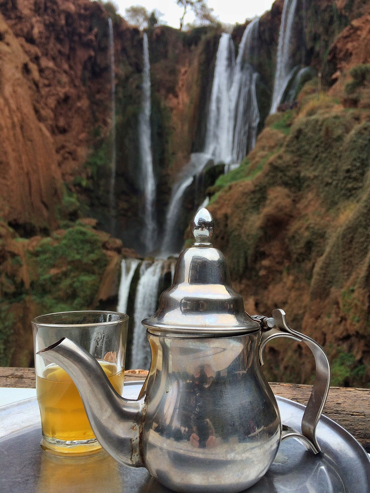 Teatime Teapot Waterfall Silver  Glass Thirsty  Scenic Marocco View