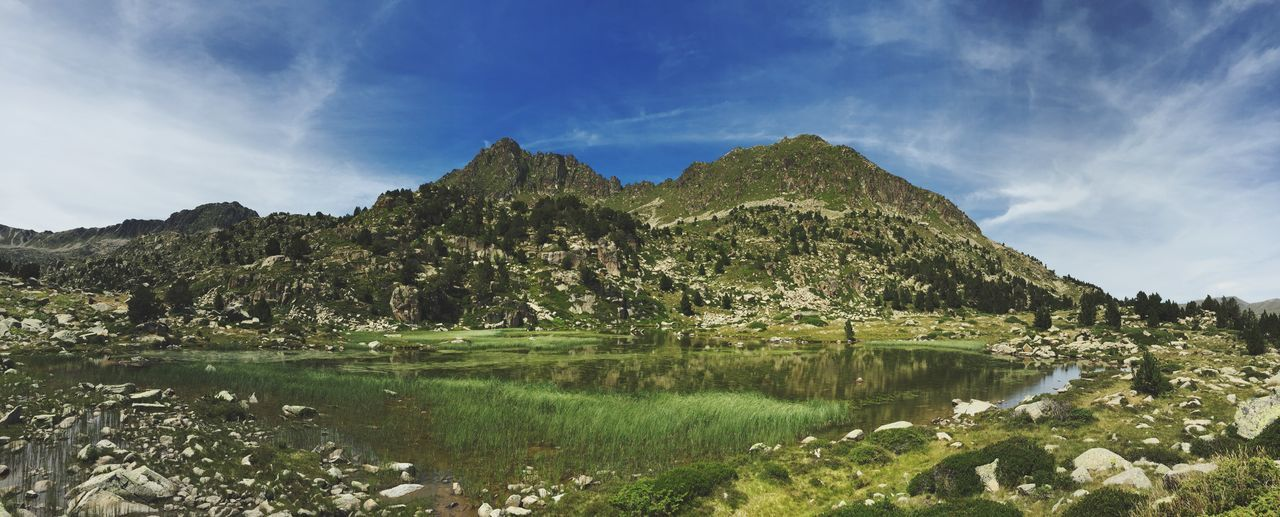 Andorra Peace And Quiet Quality Time Relaxing The Traveler - 2015 EyeEm Awards Lake View Landscape IPhoneography Iphone6 Capturing Freedom