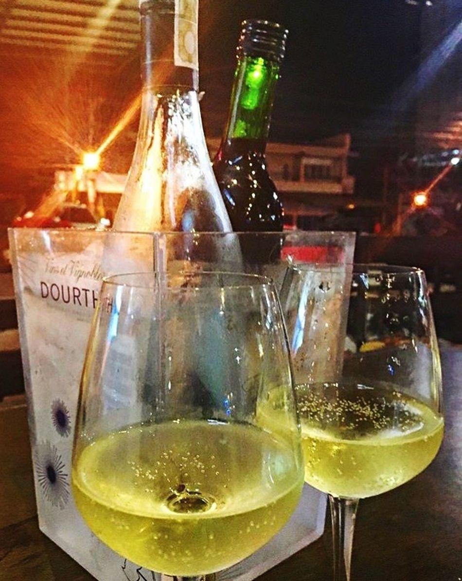 Wine it up on a saturday night 🍷🍷🍾