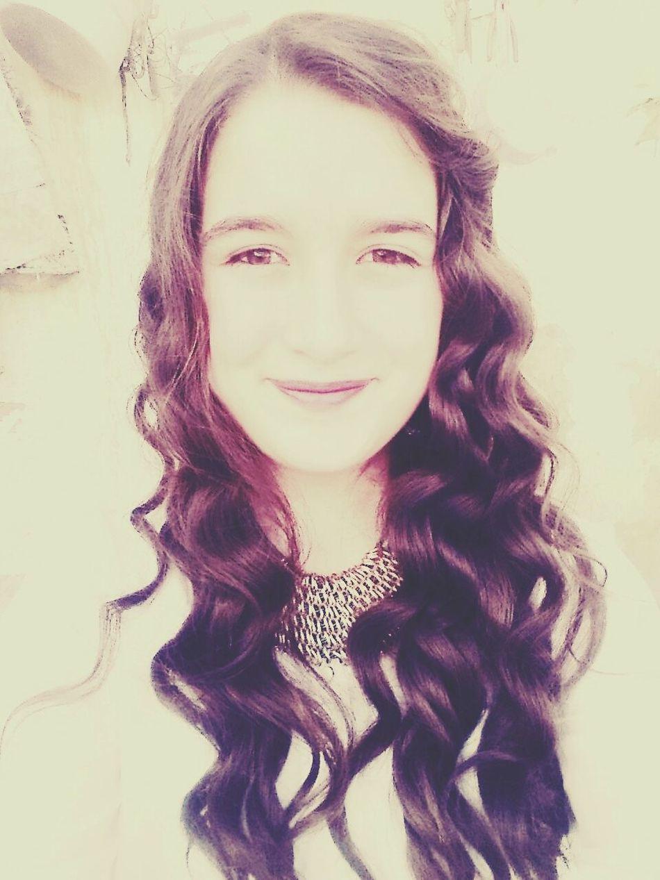 Hi! Happy :) That's Me Enjoying Life Tek Başına Sevmek Yetmiyormuş