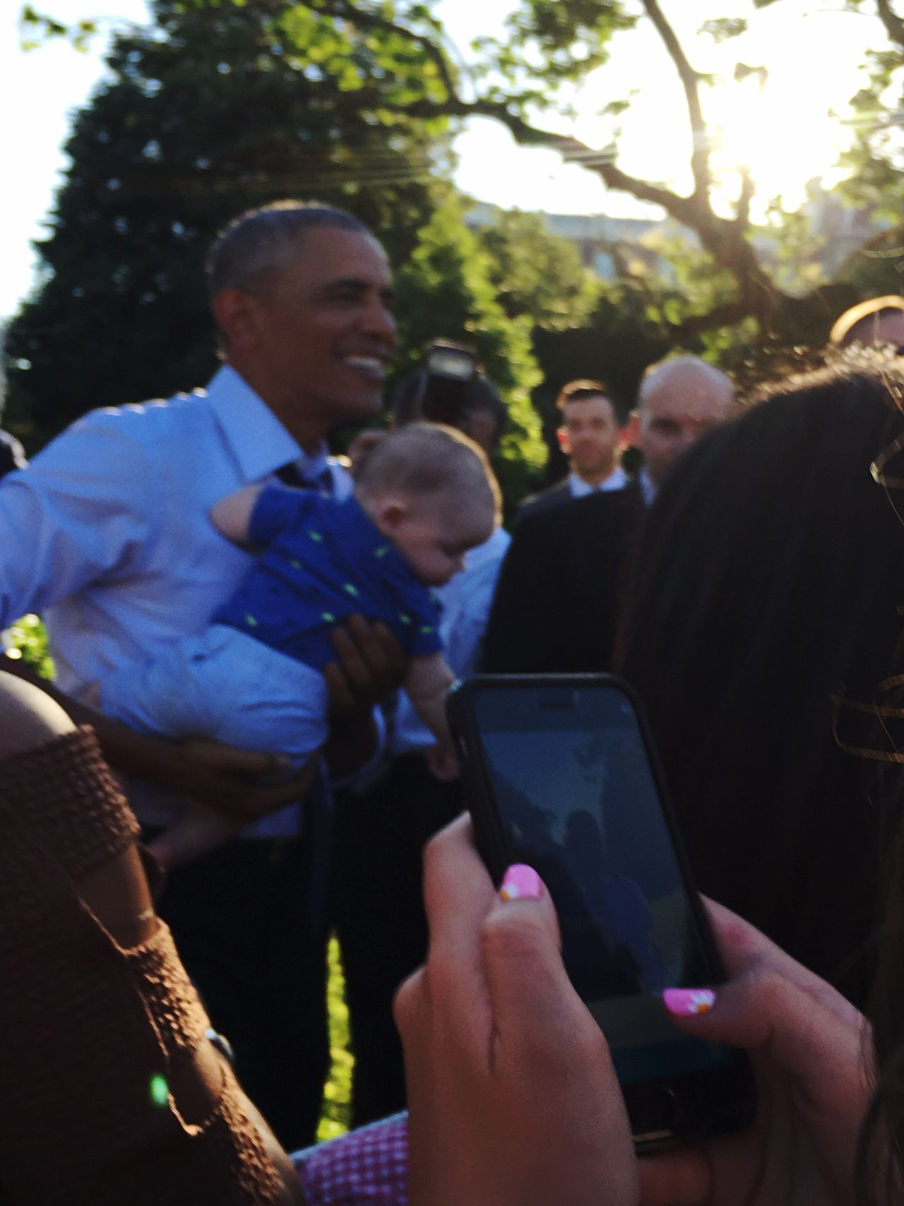 Communication Real People Wireless Technology Child Obama President Children Baby Disconnected Barriers Walls Holding Phone President Obama White House Politics Blurry Person Togetherness Close-up People Outdoors First Eyeem Photo