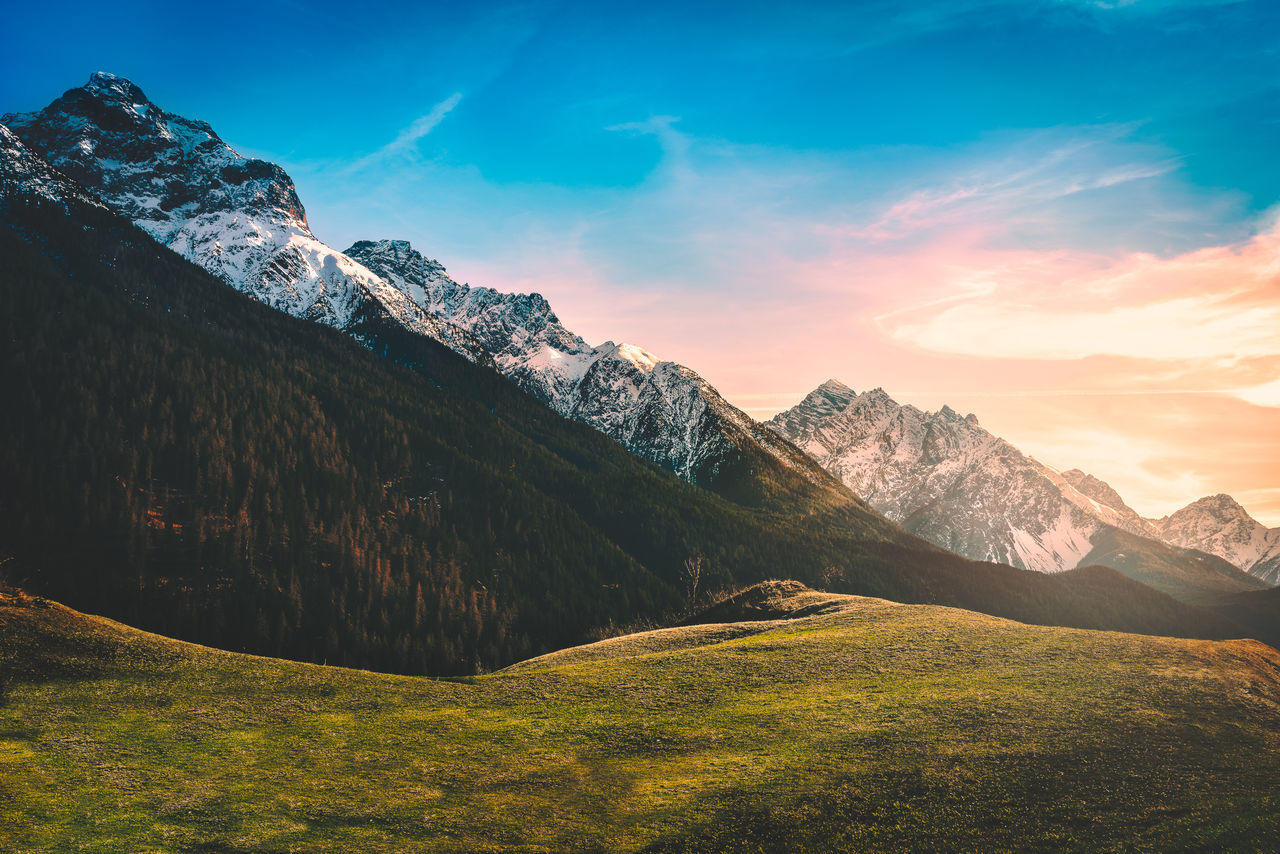 Alps Beauty In Nature Cloud - Sky Day Eye4photography  EyeEm Best Edits EyeEm Best Shots EyeEm Gallery EyeEm Nature Lover Grass Italy Landscape Landscape_Collection Landscape_photography Mountain Mountain Range Nature No People Outdoors Scenics Sky Sunset Sunshine Tranquil Scene Tranquility