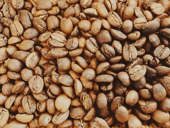 Food And Drink Roasted Coffee Bean Coffee Bean Raw Coffee Bean Backgrounds Still Life Brown Abundance Large Group Of Objects No People Full Frame Food Coffee - Drink Roasted Close-up Freshness