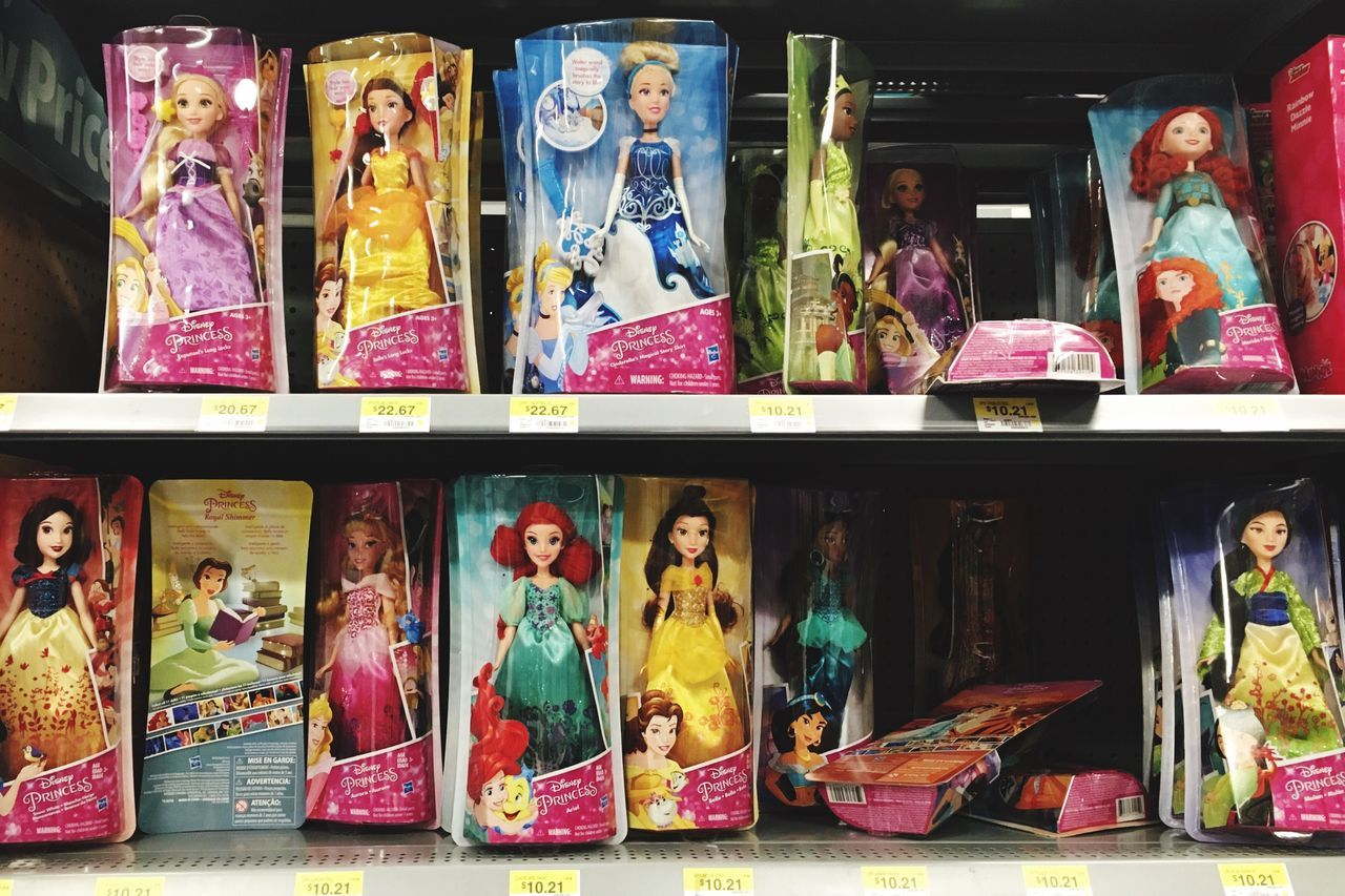 Doll Disney Princess Store Market Stall In A Row Arrangement Price Tag Market Variation EyeEm Diversity Cinderella Mulan Cinderella Beauty And The Beast DisneyPrincesses Break The Mold