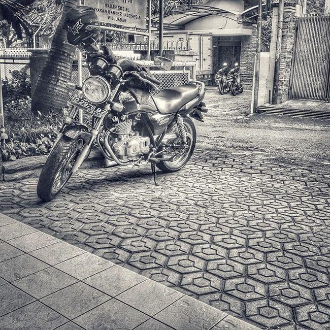 Bike Gsx250 Suzuki Bw bnw_rome bnw blackandwhite monochrome ic_wheels hdr