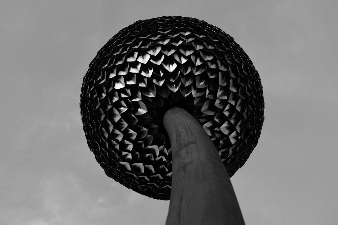 Sky No People Day Welcome To Black Dandelion Art Architecture Fixture Black And White Black & White Long Goodbye Art Is Everywhere