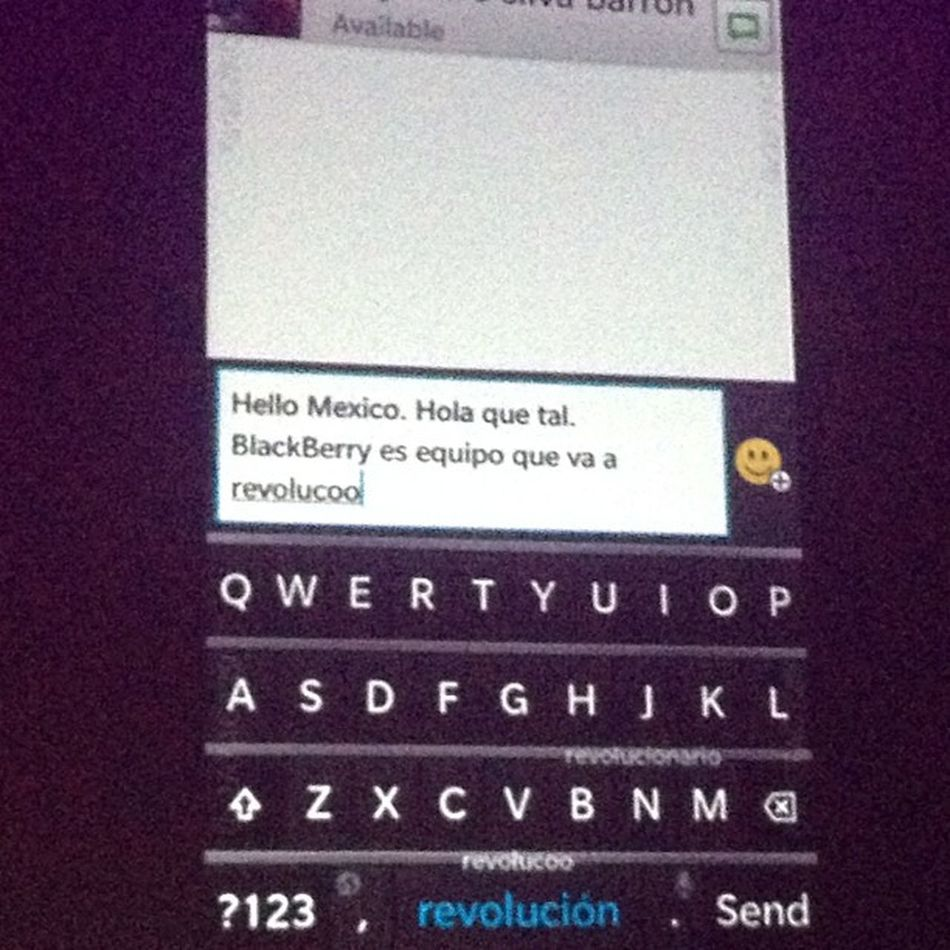 El nuevo teclado Blackberry10 es intuitivo y aprende del usuario