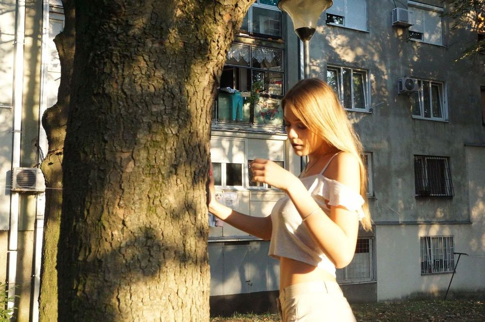 Side View Standing Lifestyles Blond Hair Day Outdoors Front View Beauty Portrait Sunlight Sunset Nature Belgrade,Serbia BEOGRADE BEOGRADE🇷🇸🇷🇸🇷🇸